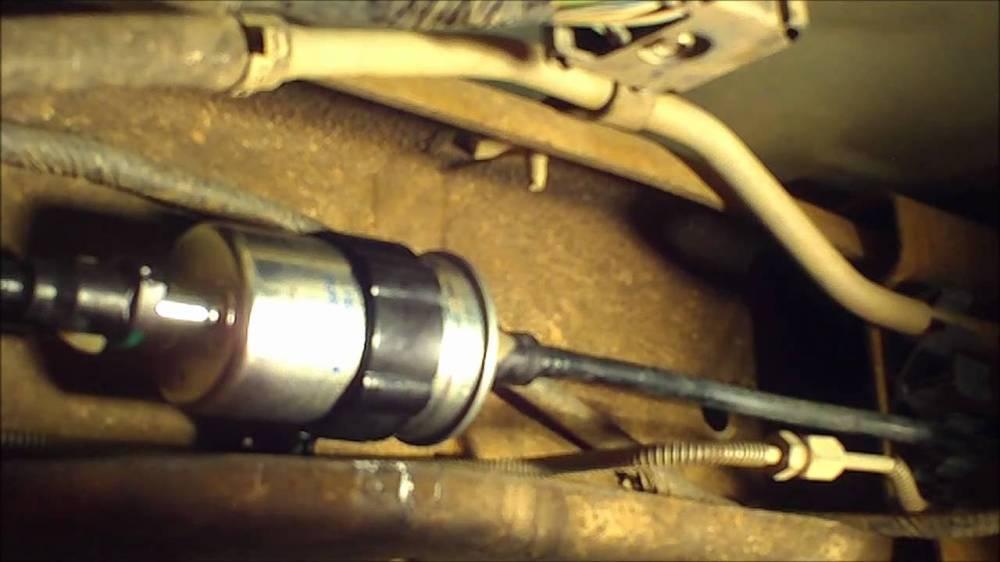 medium resolution of 99 ford explorer fuel pump relay location 99 get free