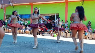 7-Baile de infarto que nos hicieron estas hermosas cachiporras.Festival de bandas.P/7