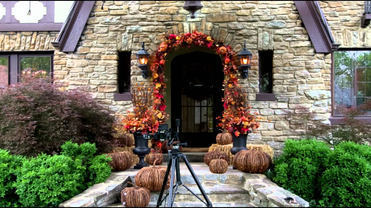 Decorating Your Porch for Fall and Halloween  Grandin