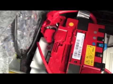 Xi Fuse Box Bmw E92 E90 E93 Car Battery Replacement Youtube
