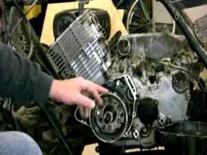 Removing The Fly Wheel on Yamaha Grizzly 600  YouTube