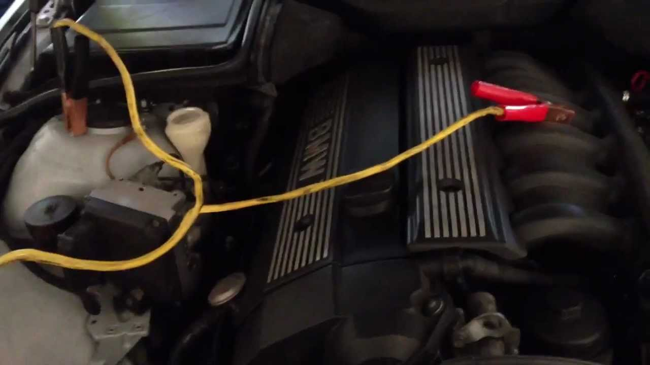 I Fuse Box How To Jumpstart A Car Battery From 97 03 Bmw 5 Series E39