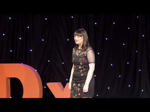 What online dating looks like when you're blind | Fern Lulham | TEDxKingstonUponThames