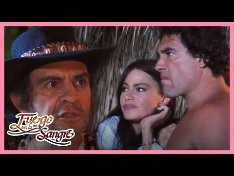 Fuego en la Sangre: Juan salva a Leonora de ser linchada   Escena C115   tlnovelas