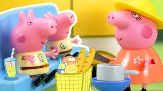 Peppa Pig Official Channel   Peppa Pig Stop Motion: Peppa Pig's Surprise Holiday