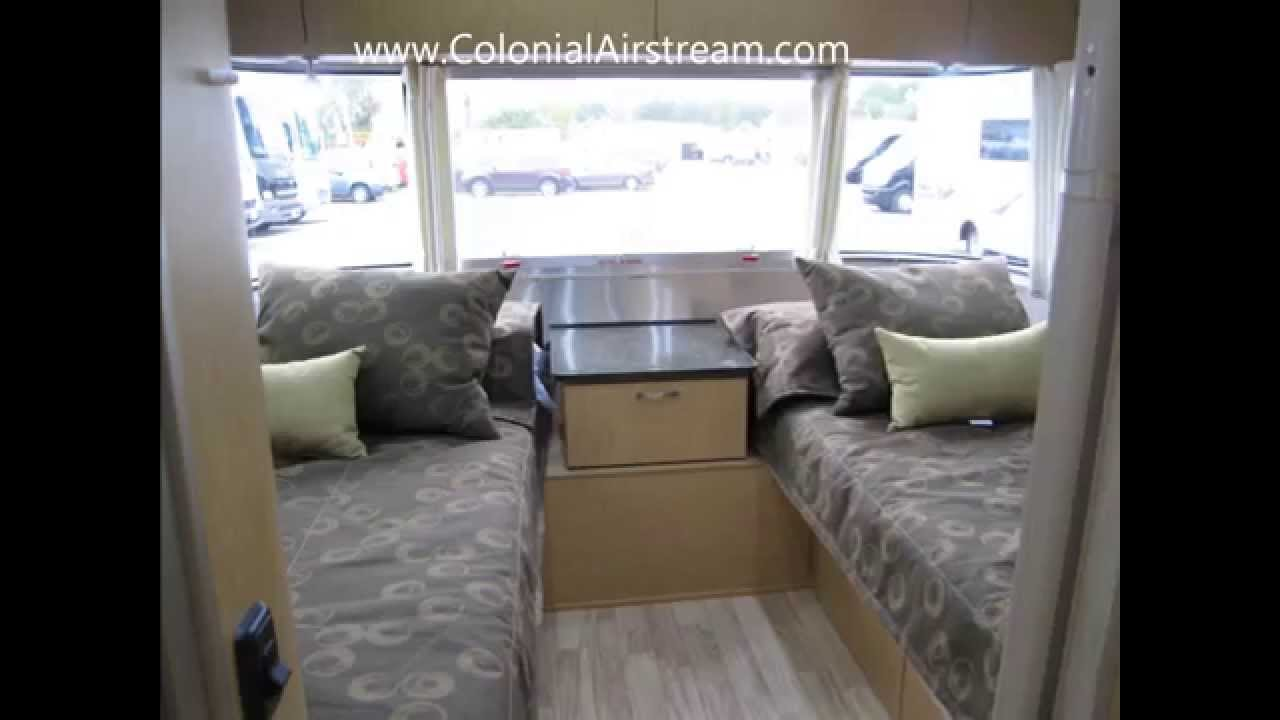 2014 Airstream Flying Cloud 25A Twin Bed Travel Trailer
