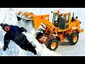 Дети и Машины ТРАКТОР МОНСТР как К-700 С БОЛЬШИМ КОВШОМ Трактор Погрузчик убирает снег СПЕЦТЕХНИКА