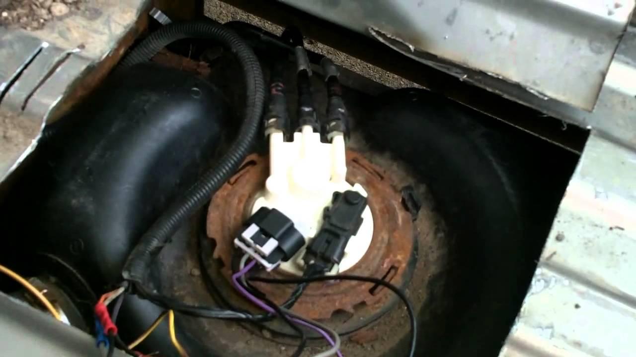 Hd Fuel Filter Gmc Silverado Pickup Quick Fuel Pump Fix Youtube