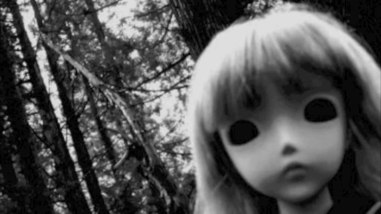 Cute Little Dolls Wallpapers Creepy Music Box Youtube