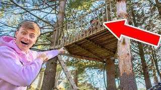 EXPLORING ABANDONED TREEHOUSE!! (DELETED )