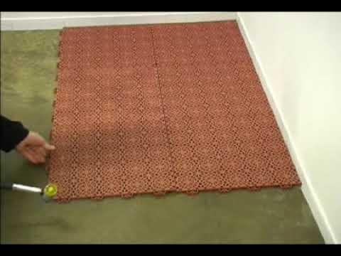 Qu fcil es colocar un suelo con losetas encajables  YouTube
