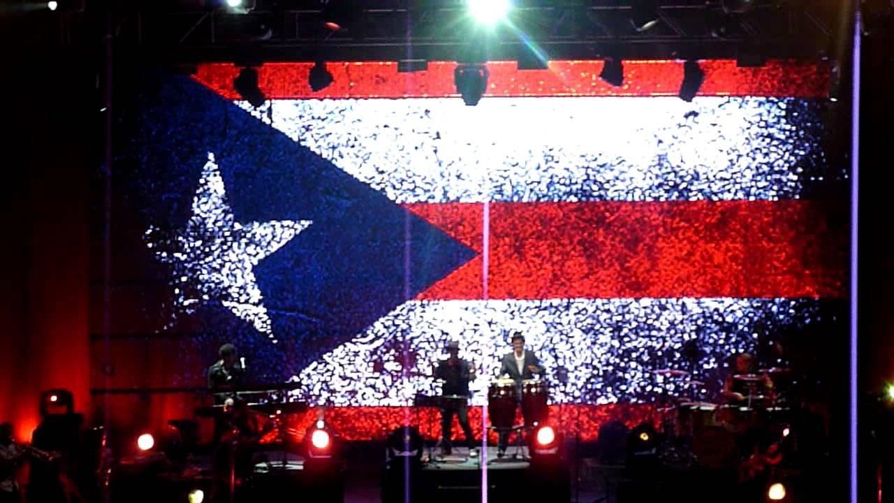 Puerto Rico Flag Wallpaper Hd Bruno Mars Performs With His Dad In Puerto Rico Doo Woops