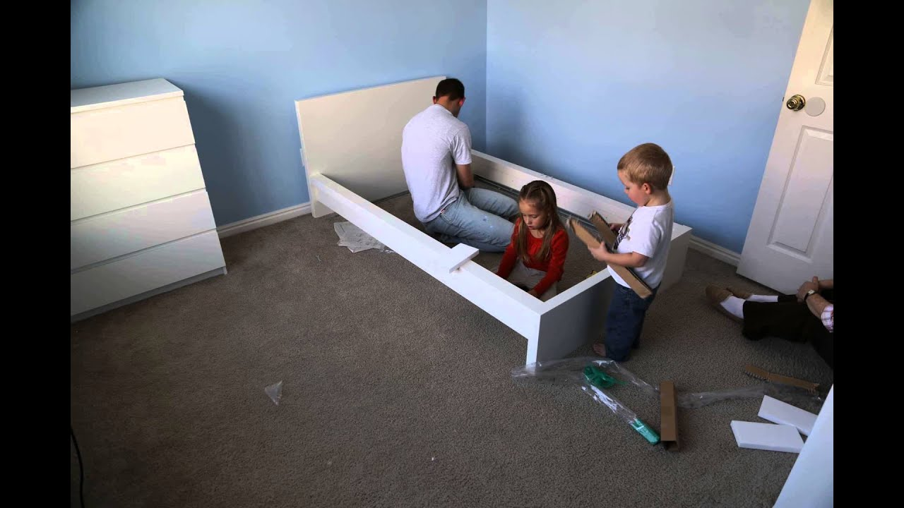 Time Lapse Assembly Of Ikea Malm Bed Frame Youtube