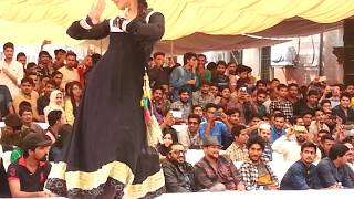 Girl Dance in Superior Unversity of Lahore