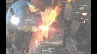 【Awesome technique】Japanese blacksmith Michio Ishikawa Santoku knife 宮城県伝統的工芸品 石川美智雄 中新田打刃物