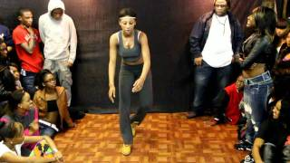 3-WAY LADYBUG,JMONEY and QUEEN FEE FEE HIP ROLLING ( WALA CAM )
