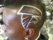 black mens hair design barbershop