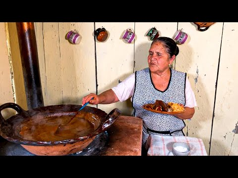 Mole de Guajolote o Coruco y Remedio para el Estomago De Mi Rancho A Tu Cocina
