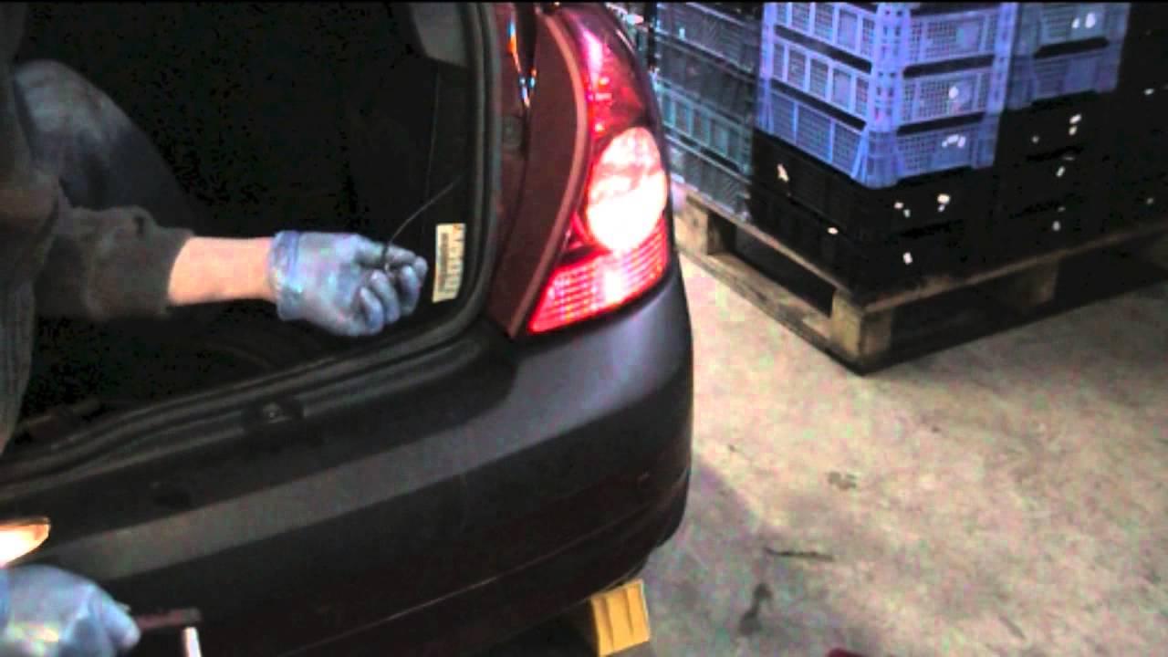2014 Pilot Fuse Box Clio Reversing Light Youtube
