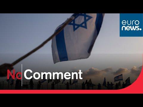 Watch: Israelis protest Netanyahu despite emergency regulations