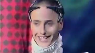 Weird russian singer - Chum Drum Bedrum