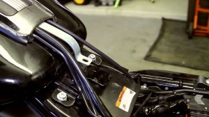 Exposing the Wiring and the Battery on a 2011 Harley