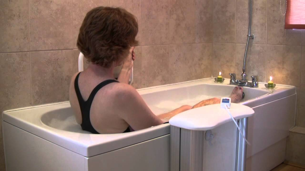 Molly Bather Bath Lift How To Get In And Out Your Bath