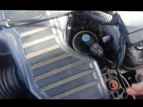 2000 Civic Lx Fuel Filter Location 2001 2005 Honda Civic Common Oil Leak Fix Youtube