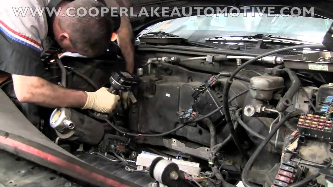 Cooling Fan Motor Replace Additionally Lincoln Town Car Engine Diagram