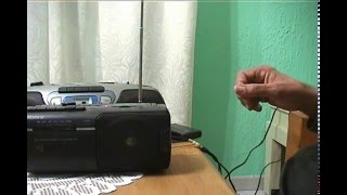 Theremin hecho con 3 radios de AM