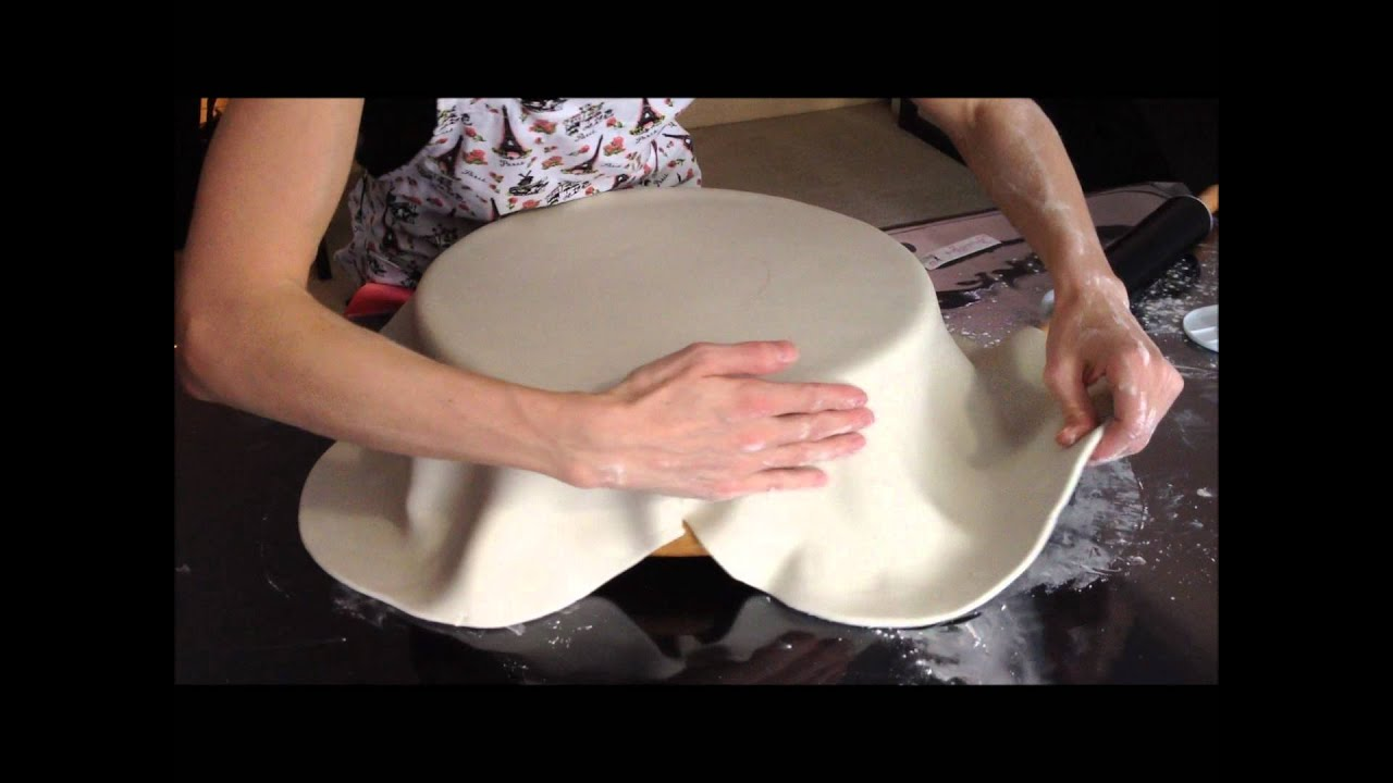 How To Cover A Dummy Polystyrene Cake With Fondant YouTube