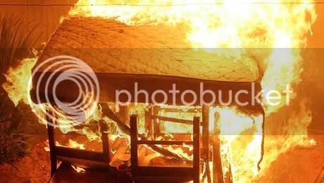 photo incendioenvalparaiacuteso1_zps0f779864.jpg