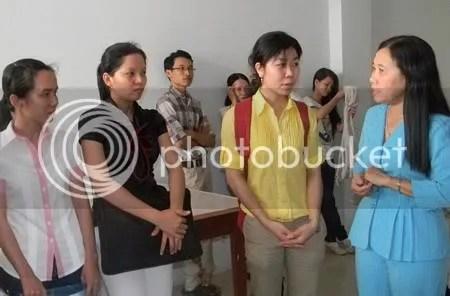 Tiến sĩ Trương Thị Bé Hai- Giám đốc Sở GD-ĐT Vĩnh Long dặn dò nhắn nhủ các ƯV Đề án Vĩnh Long 100 trước khi đi học