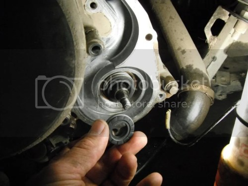 small resolution of water pump seal and oil seal replacement on 2006 sportsman 700 pics inside polaris atv forum