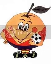 """Esta es la imagen de """"Naranjito"""", la mascota oficial del mundial de España en 1982."""