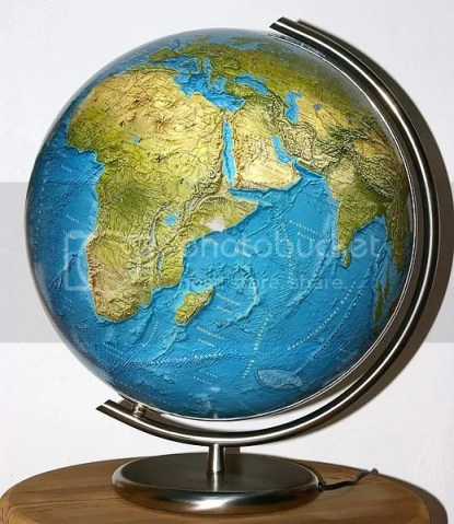 Making history subject more fun mommy pehpot i guess i will start with the globe and maps come to think of it we can make a good game of finding a country we can make contest out of that gumiabroncs Image collections