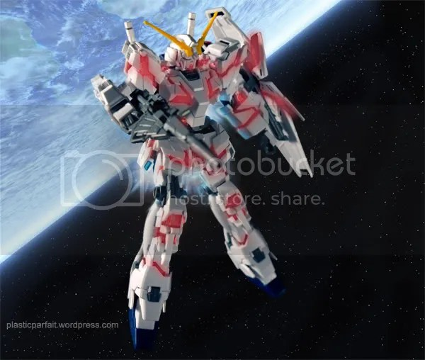 Gundam Unicorn in space
