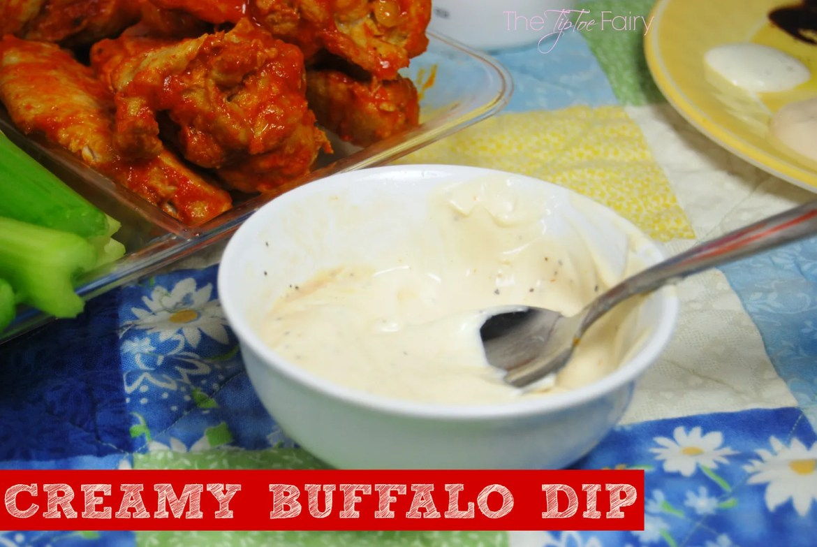 Creamy Buffalo Dip for Wings | #wingsandwipes #pmedia #ad #diprecipes #creamy #buffalo