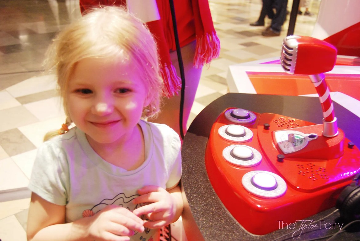 Our visit to the Northpole Communication Stations in Dallas, from Hallmark | The TipToe Fairy #Northpole #Hallmark