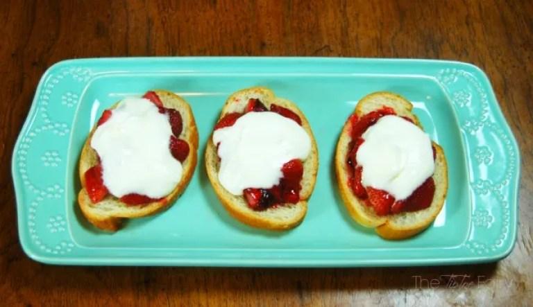 Roasted Strawberry Crostini topped w/ French Cream #dessert #yum