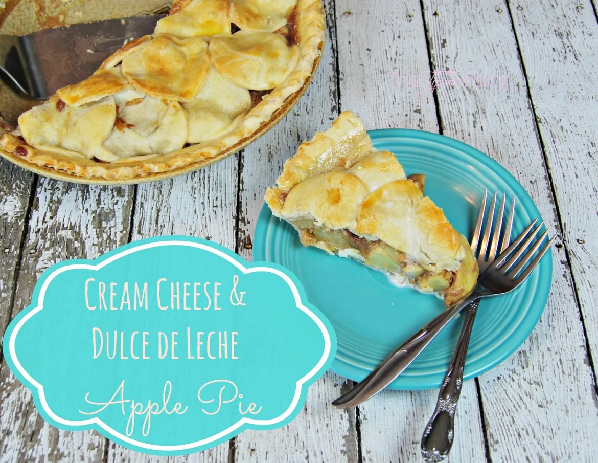 Cream Cheese & Dulce de Leche Apple Pie | The TipToe Fairy #applepie #pierecipes #dulcedeleche