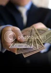 money_hands_man