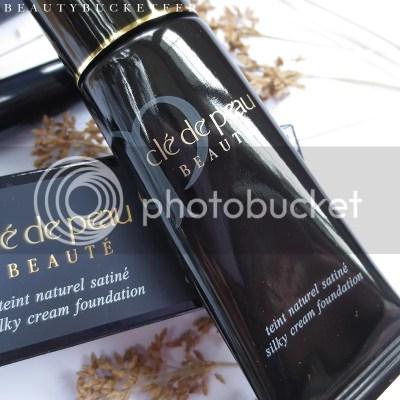 Cle de Peau Silky Cream Foundation B30