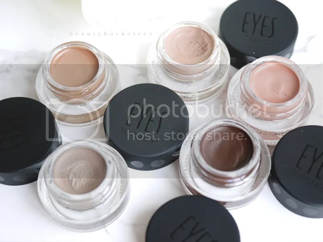 Top Shop Nude Eyes Cream Shadows in Naked, Undressed, Bare, Stripped and Revealed