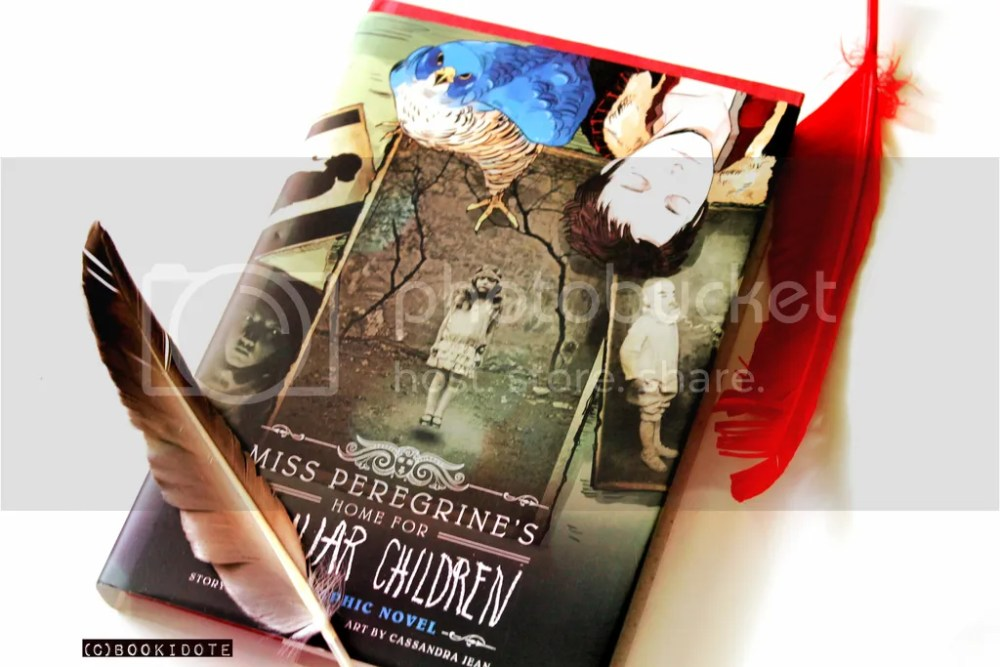 Miss Peregrine's Home for Peculiar Children and Hollow City by Ransom Riggs (3/6)