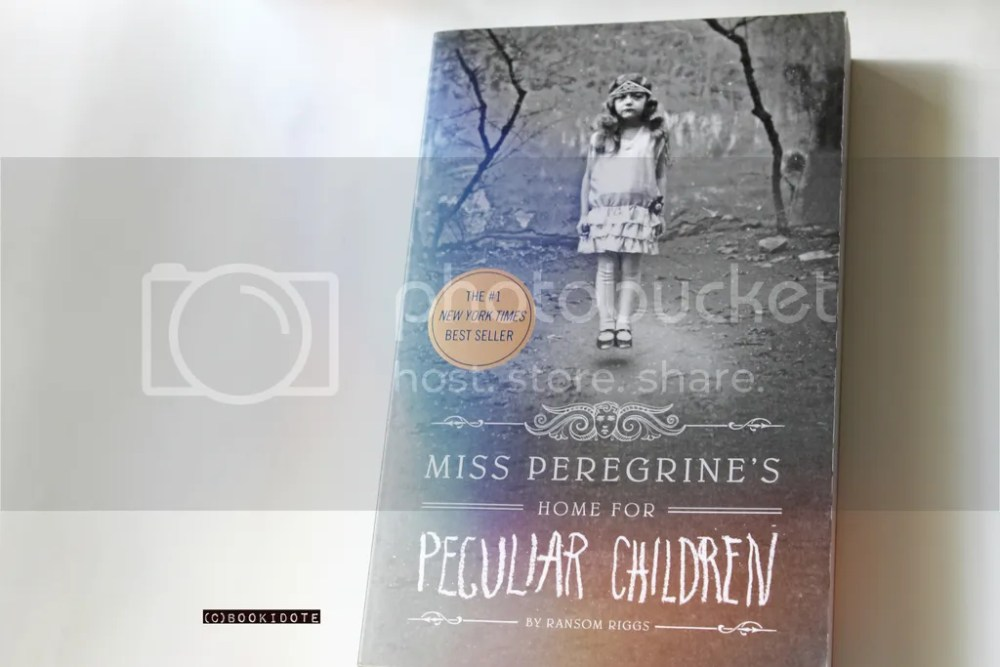 Miss Peregrine's Home for Peculiar Children and Hollow City by Ransom Riggs (1/6)