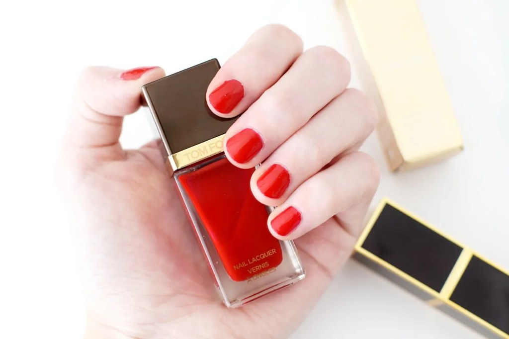 Tom Ford beauty nail lacquer carnal red swatch