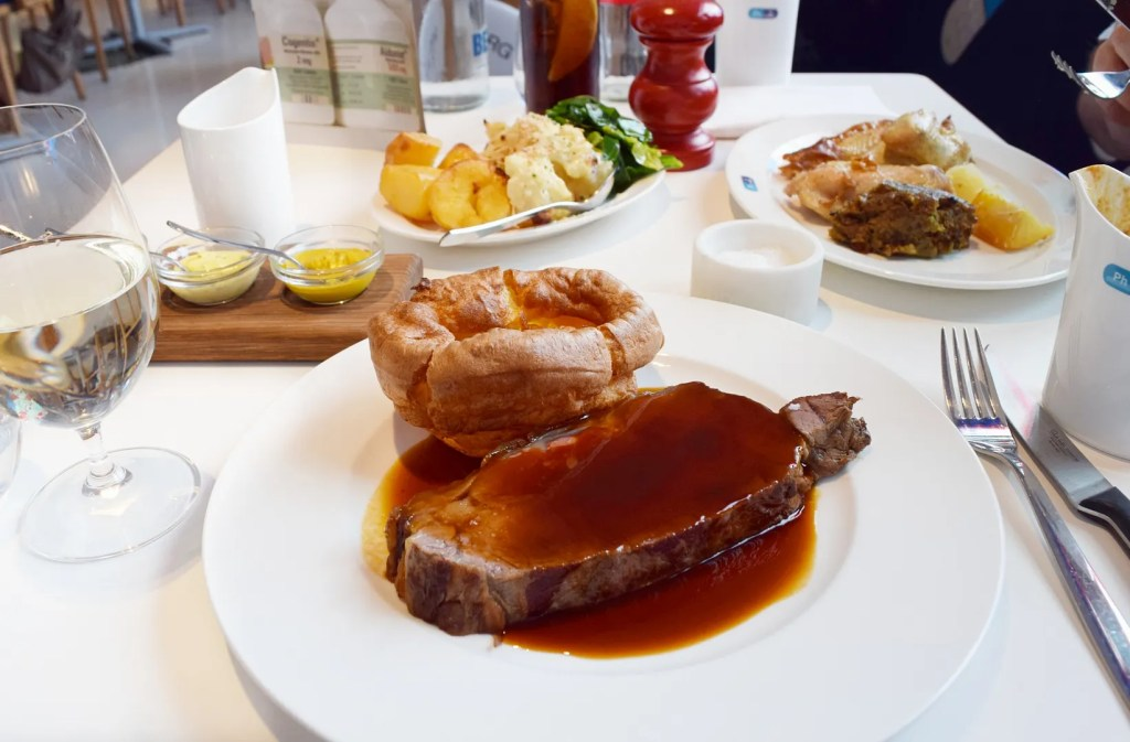 Roast beef lunch at Pharmacy 2 Vauxhall