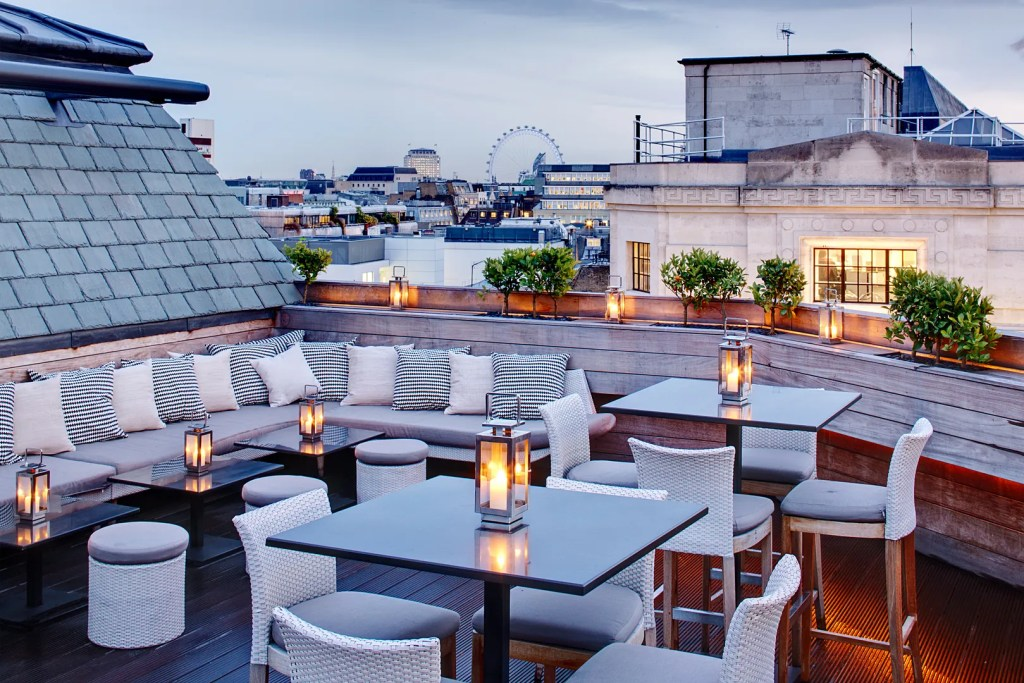 Aqua Spirit Rooftop Terrace - Best Rooftop Bars London - London Lifestyle Blog The LDN Diaries