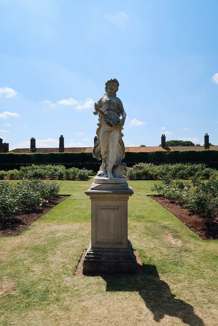 Hampton Court Gardens London Lifestyle Blog